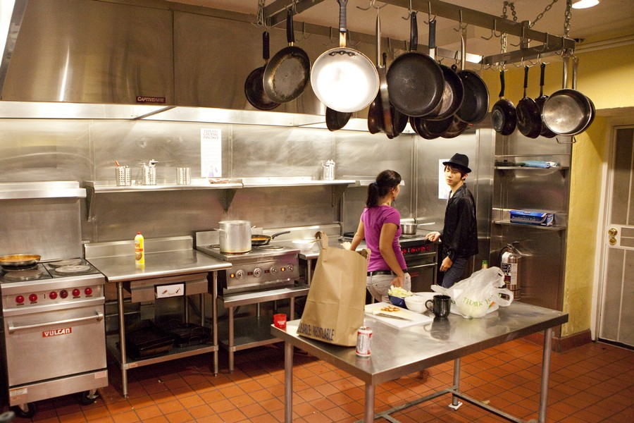 cozinha de um hostel