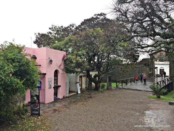 entrada-do-centro-historico-de-colonia-del-sacramento